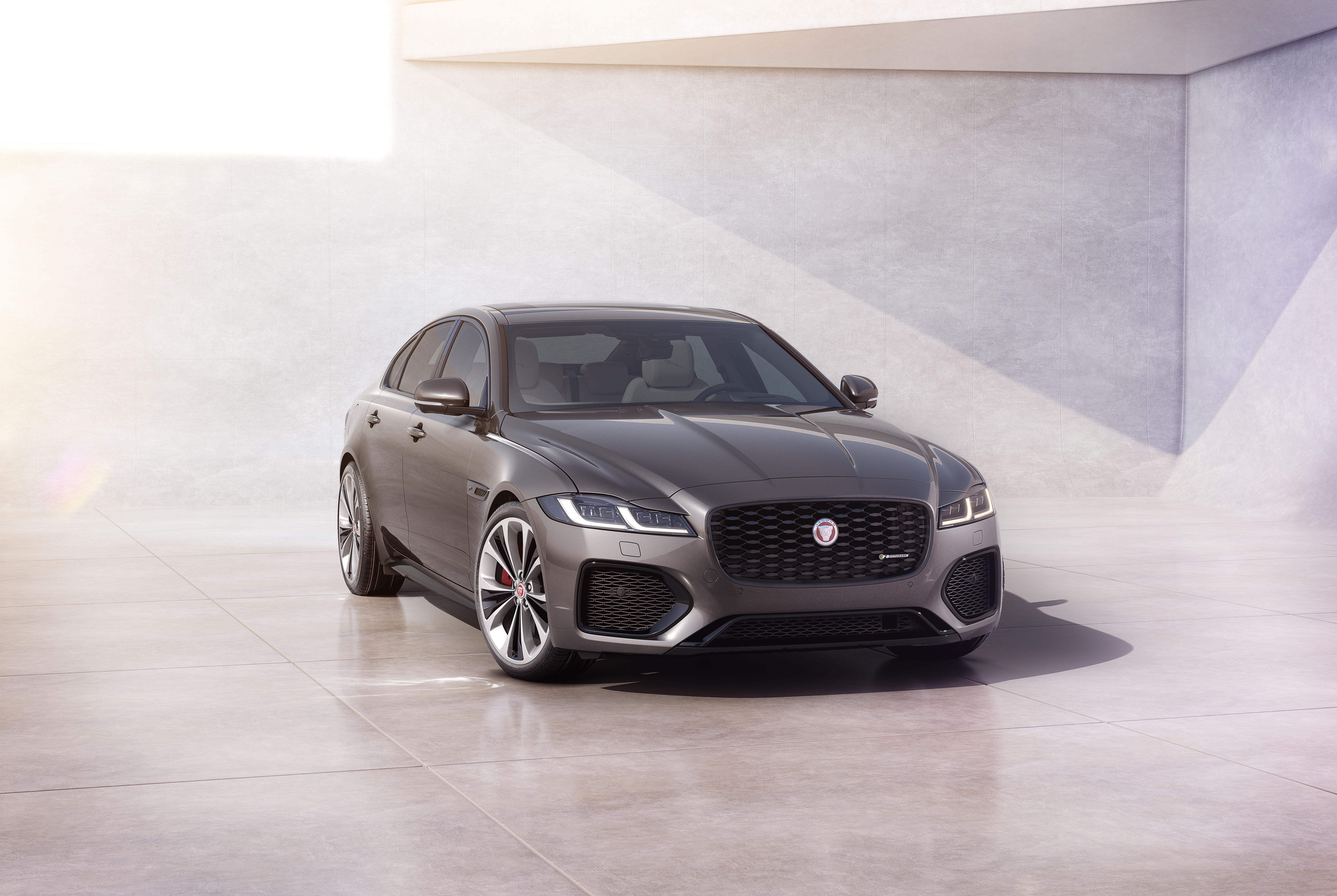 Jaguar Updates 2021 Model Lineup To Meet Evolving U S Market Demands Jaguar Homepage Usa