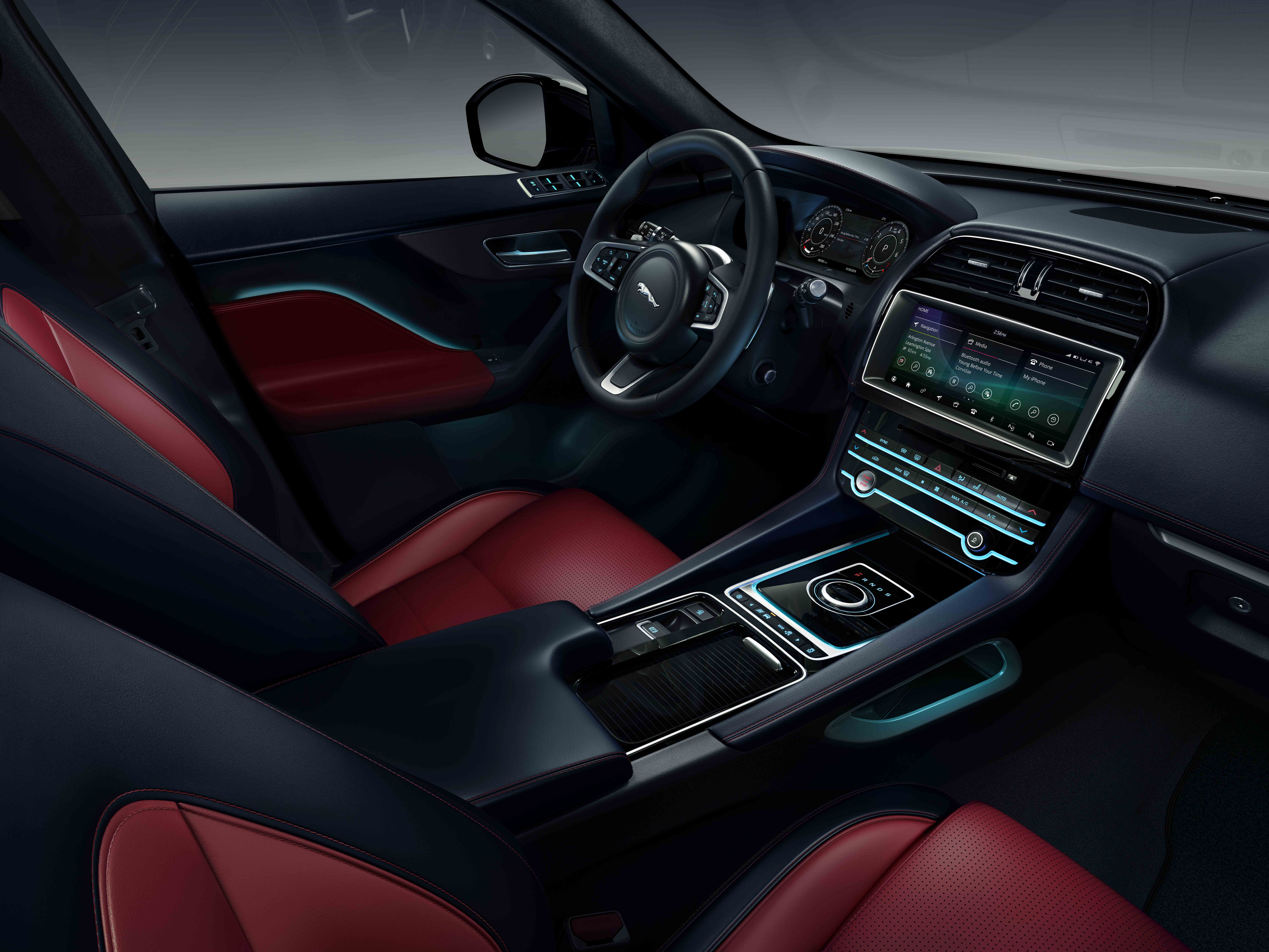 Jaguar F Pace 300 Sport And Chequered Flag Special Editions Join Award Winning Range Jaguar Homepage International