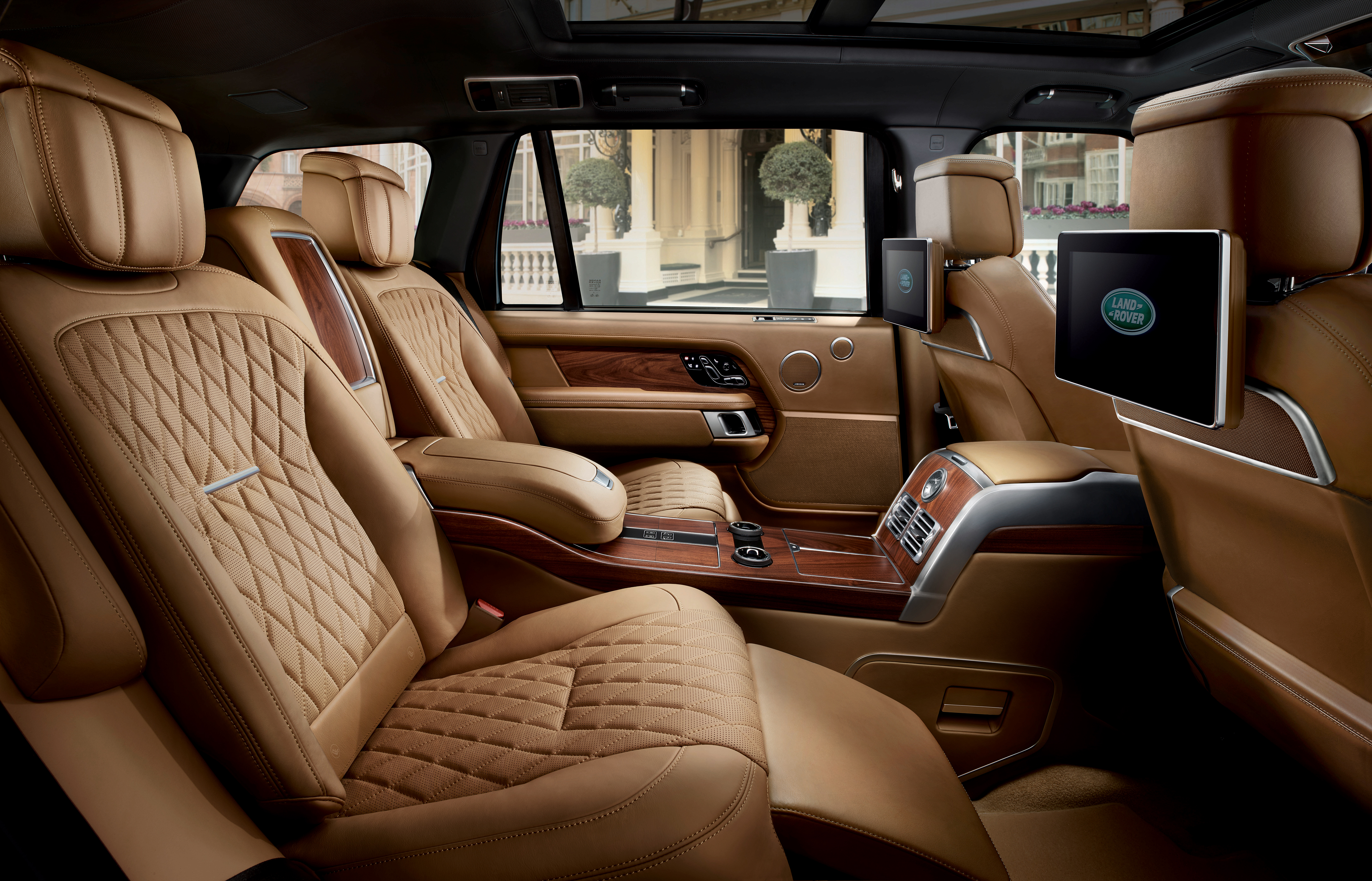 Range Rover Long Wheelbase >> Always Travel First Class With Range Rover Svautobiography