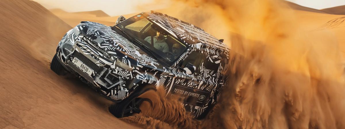 Rotkreuz-Experten testen die Grenzen des neuen Land Rover Defender und feiern die Fortführung der 65-jährigen Zusammenarbeit