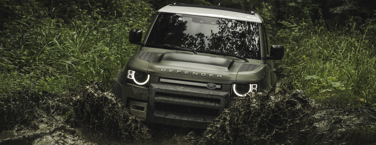 OFF-ROAD CAPABILITY: THE NEW LAND ROVER DEFENDER 90
