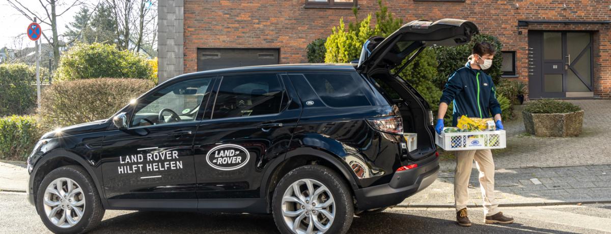 """Jaguar Land Rover unterstützt mit mehr als 308 Fahrzeugen Hilfsorganisationen weltweit im Kampf gegen Corona und engagiert sich in Deutschland mit der Aktion """"Land Rover hilft helfen"""""""