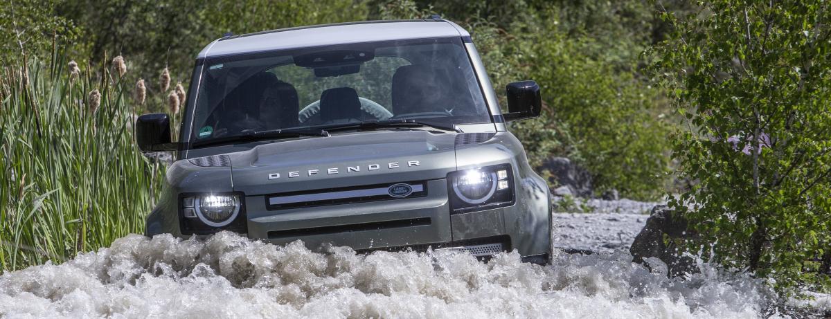 """""""Geländewagen des Jahres 2020"""": Der neue  Land Rover Defender triumphiert beim """"OFF ROAD Award"""""""