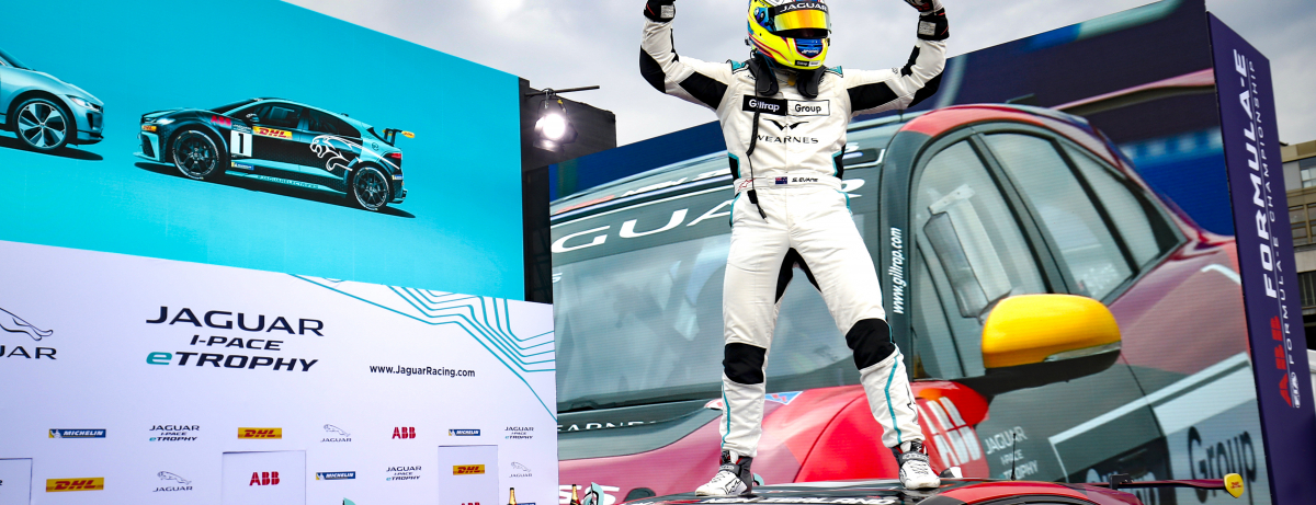 SIMON EVANS IS THE JAGUAR I-PACE eTROPHY CHAMPION