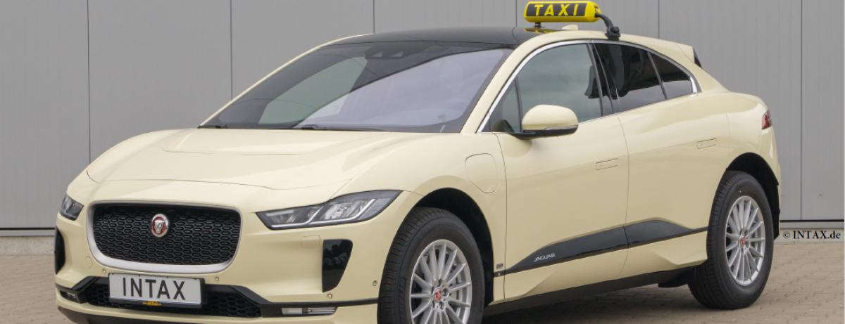 Emissionsfrei und leise durch die City mit der neuen Taxi-Version des voll elektrischen Performance SUV Jaguar I-PACE