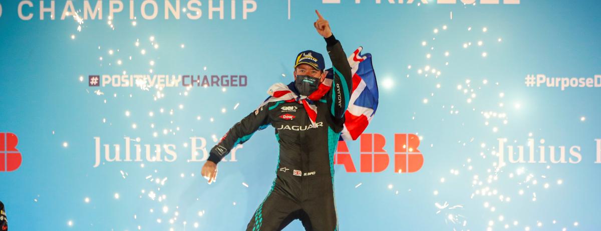 Jaguar startet mit einem Sieg und einem Podiumsplatz in die neue ABB FIA Formel E-WM - Bilder