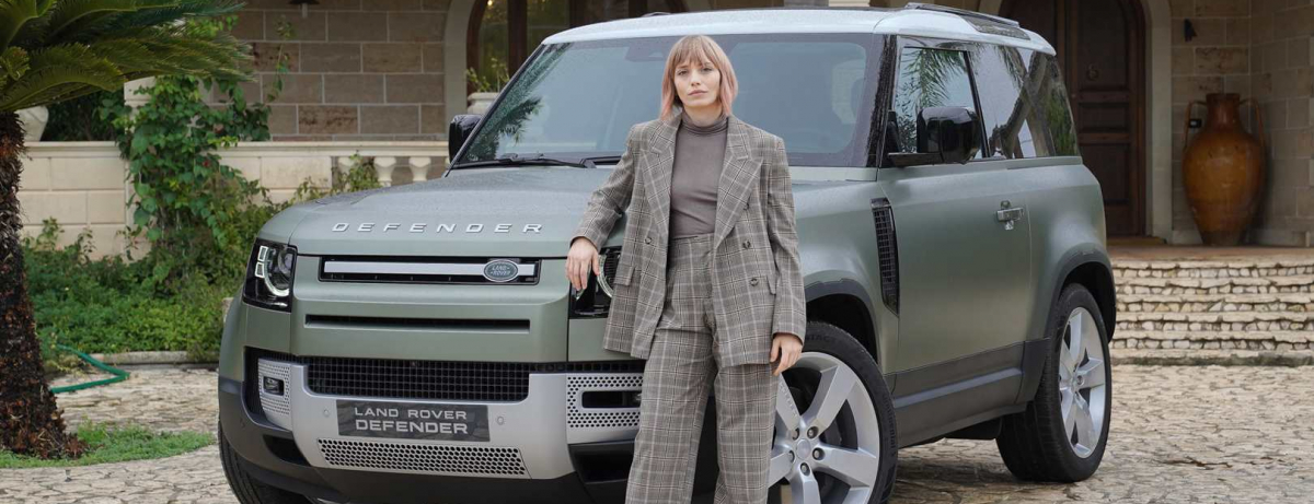 Isabella Potì_Land Rover Defender 90