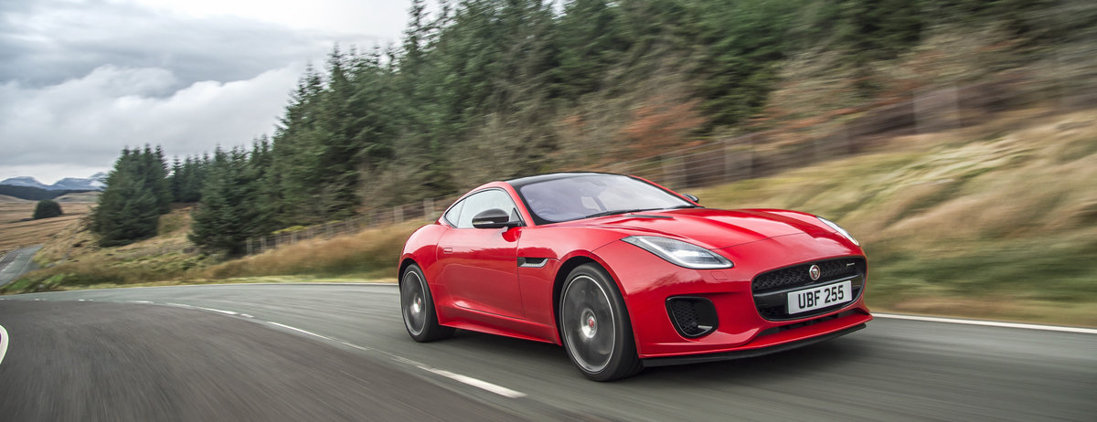 Jaguar F Type Wins Performance Car Category At The 2019 Honest John