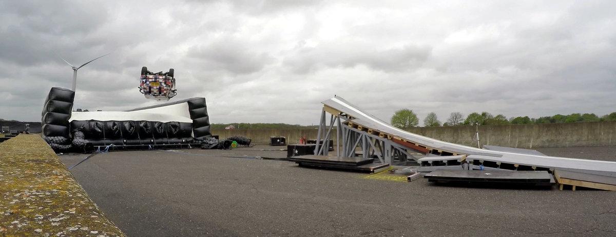 Jaguar E-PACE Barrel Roll Test