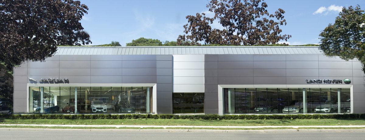 Land Rover Darien >> Penske Automotive Group S Jaguar Land Rover Centre Debuts New Global