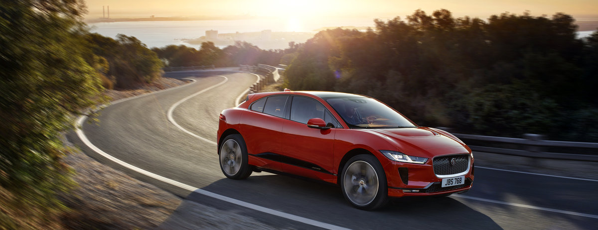 LOCATION DYNAMIC - NEW ALL-ELECTRIC JAGUAR I-PACE