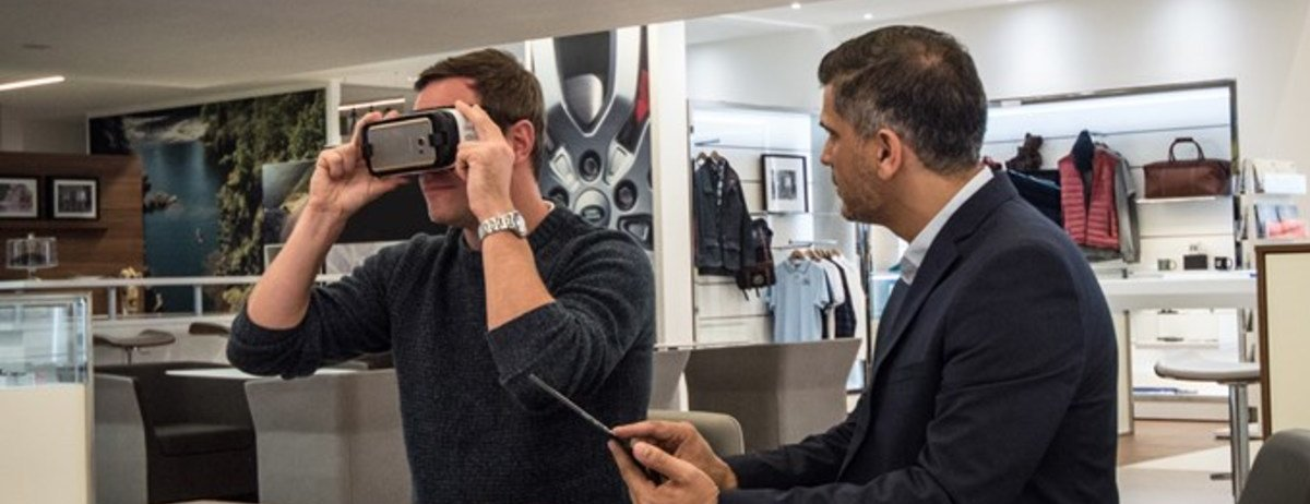 JLR customers immerse themselves in Virtual Vehicles