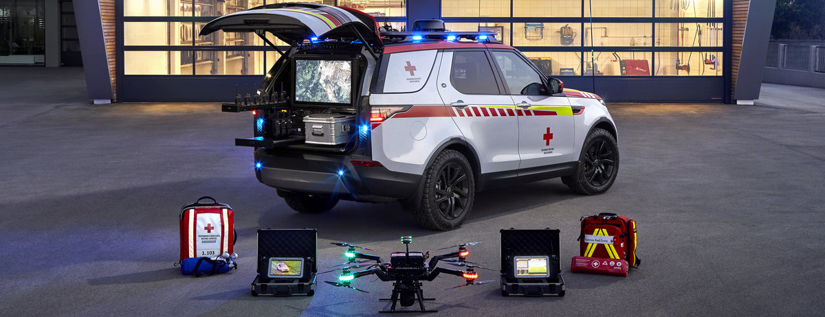 Land Rover Discovery Red Cross Emergency Response Vehicle