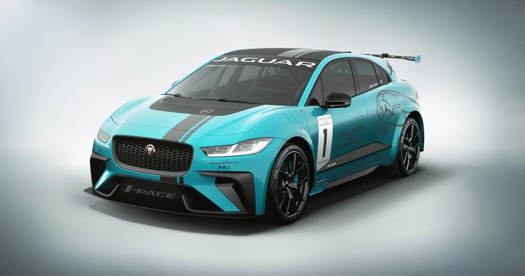 JAGUAR I-PACE eTROPHY RACECAR TO ELECTRIFY BERLIN | Jaguar