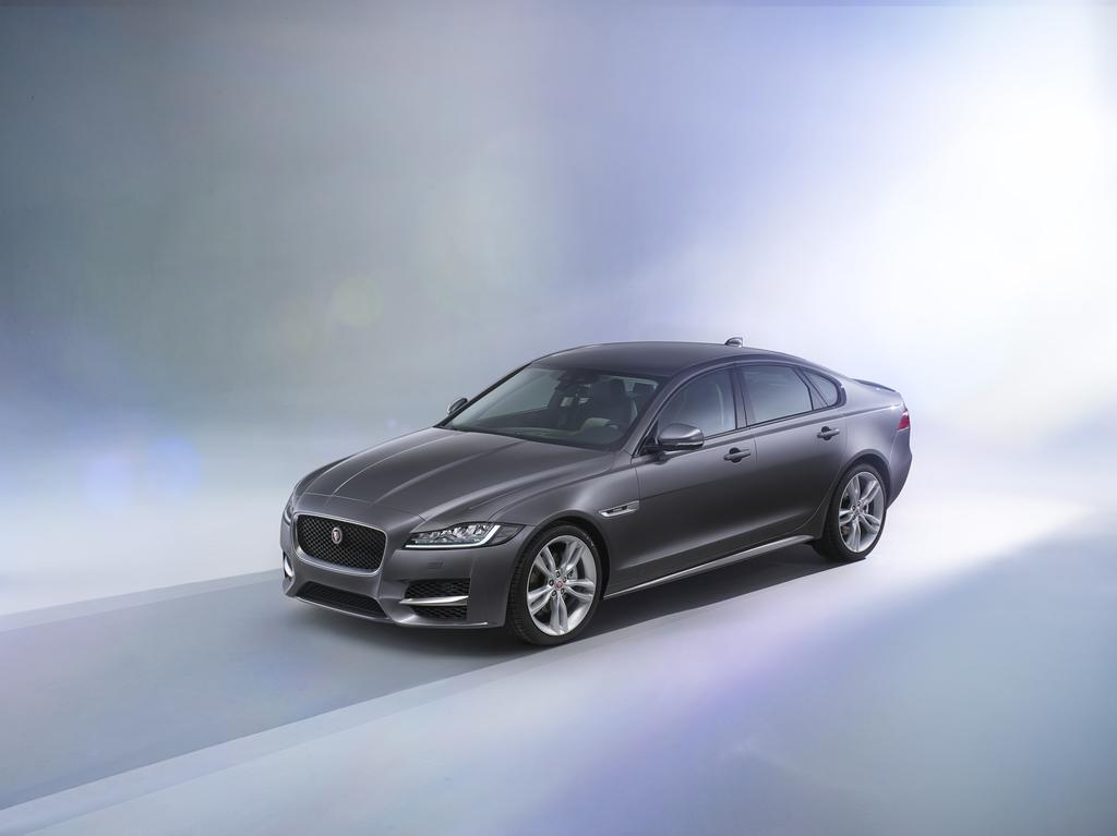 All-New Jaguar XF Makes Global Motor Show Debut in New York