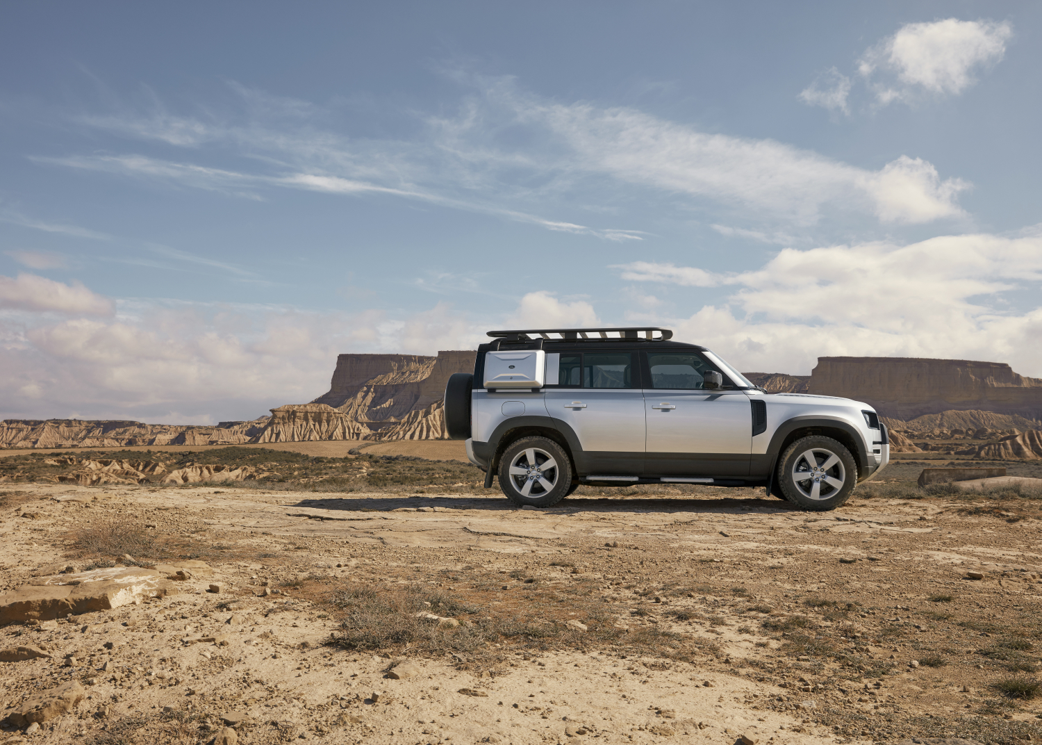 Overview: Introducing the New Land Rover Defender - Image 2