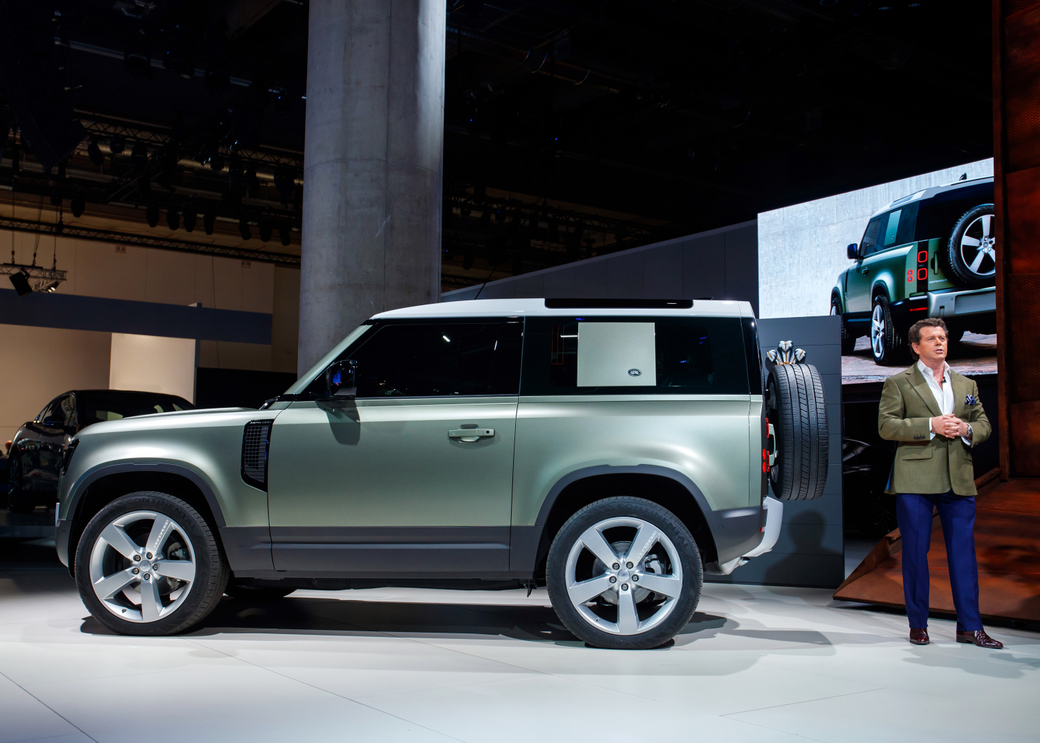 An Icon Reimagined for the 21st Century: New Defender Makes Global Debut at Frankfurt Motor Show - Image 1