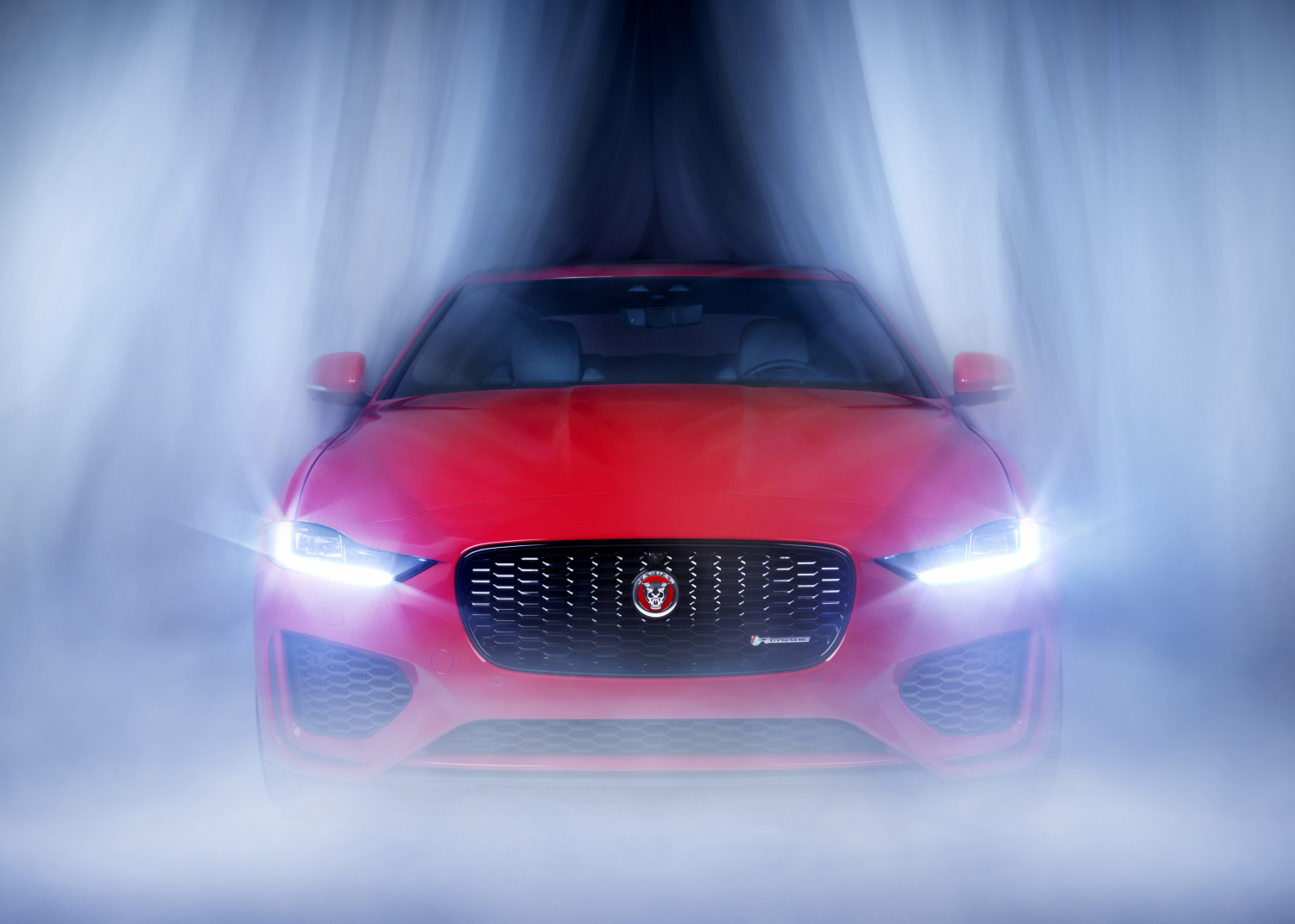 MOVING IN THE MIST - JAGUAR AND PHOTOGRAPHER RANKIN COLLABORATE TO CREATE STUNNING NEW ART