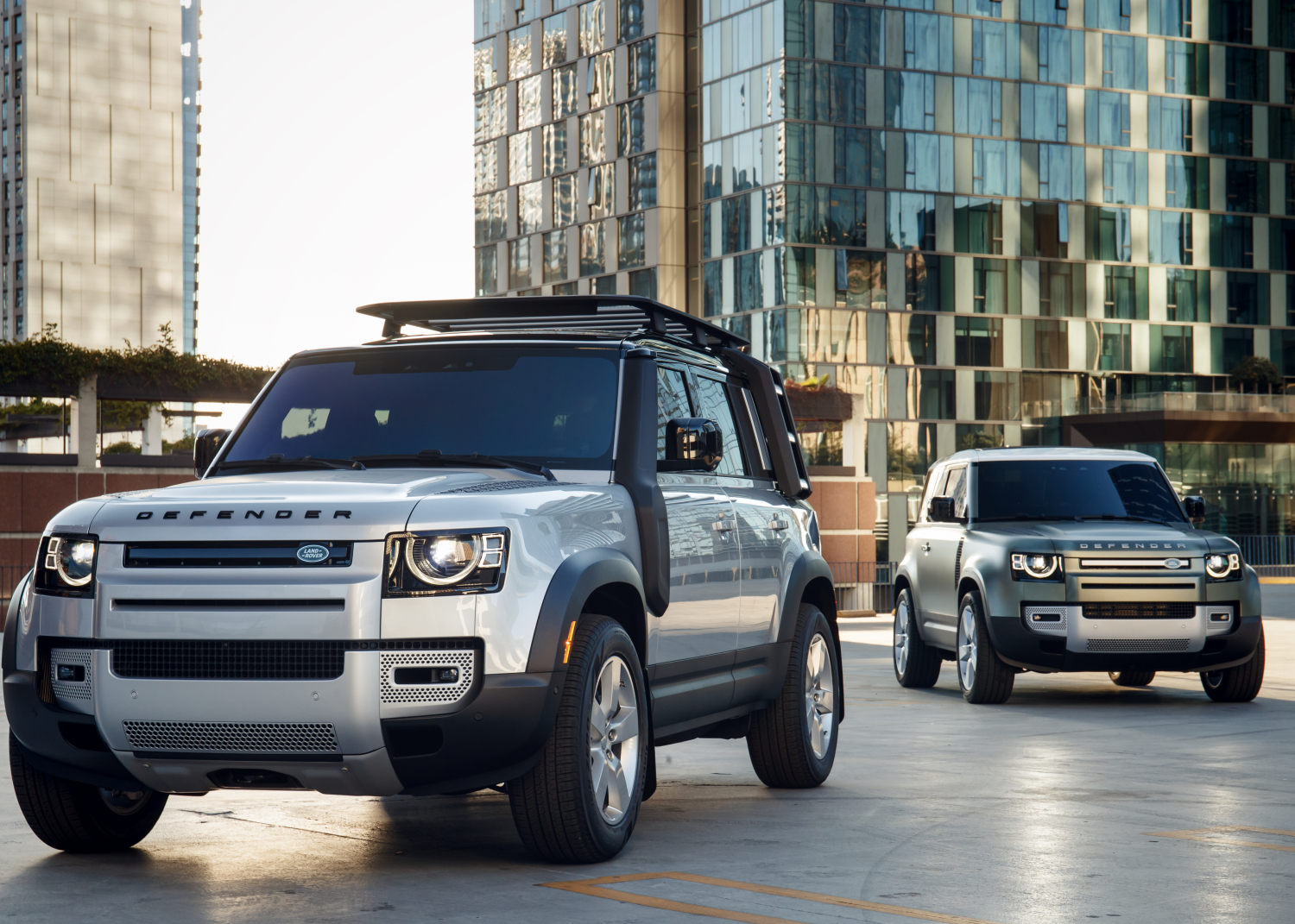 NEW DEFENDER MAKES NORTH AMERICAN DEBUT IN LA