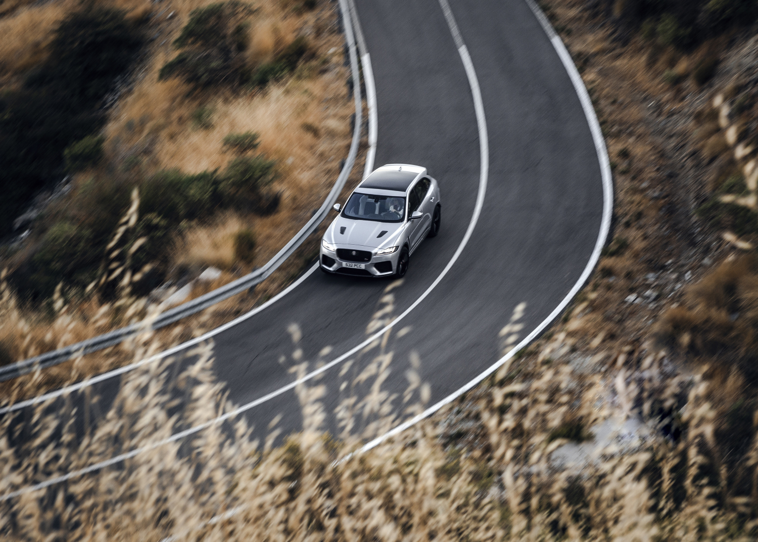 Jaguar F-pace Gives New-generation Canon Eos System Camera its First High-performance Work-out - Image 2