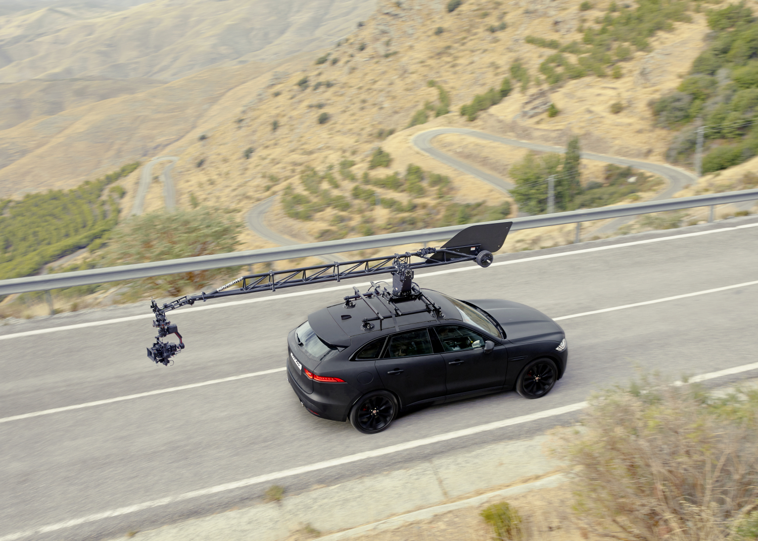 Jaguar F-pace Gives New-generation Canon Eos System Camera its First High-performance Work-out - Image 1