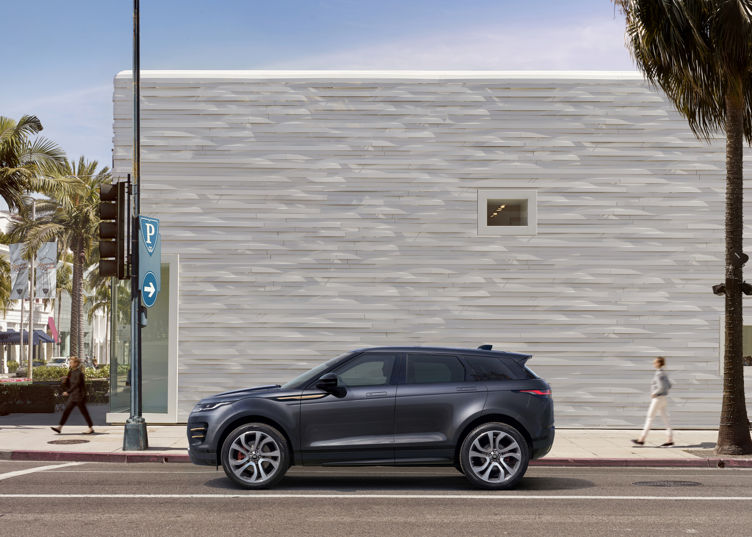 Refined Special Editions, New Infotainment and Electrified Engines now Available for Evoque and Discovery Sport - Image 1