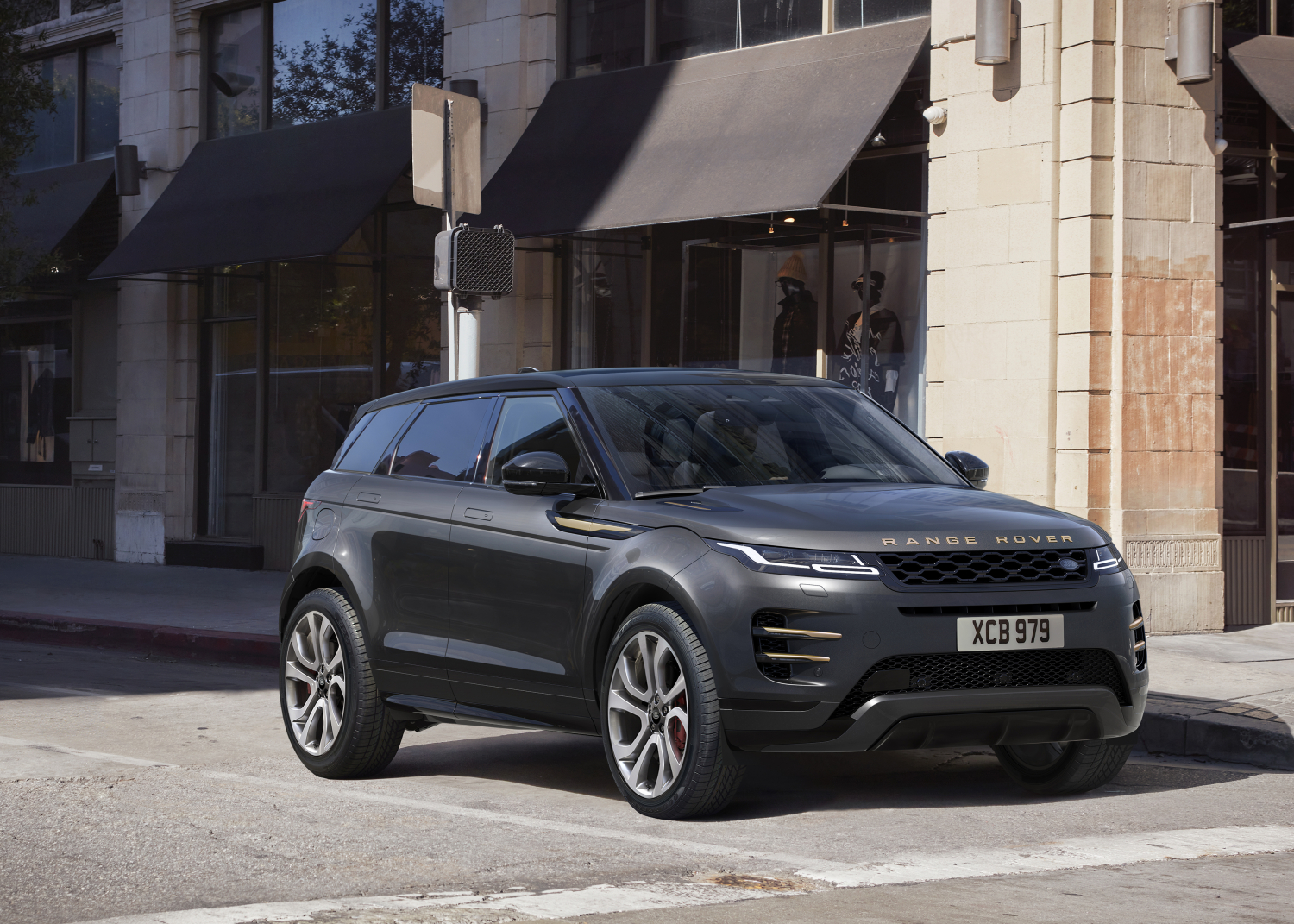 NEW ELECTRIFIED RANGE ROVER EVOQUE AUTOBIOGRAPHY