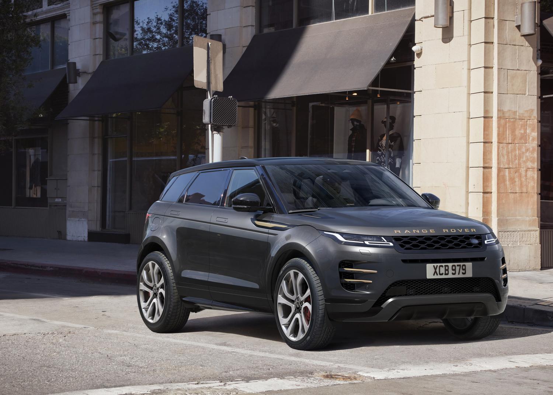 Range Rover Evoque bietet im Modelljahr 2021 drei neue Motoren mit Mild- und Plug-in Hybrid Technologie, ein neues Infotainmentsystem und neue Ausstattungsvarianten