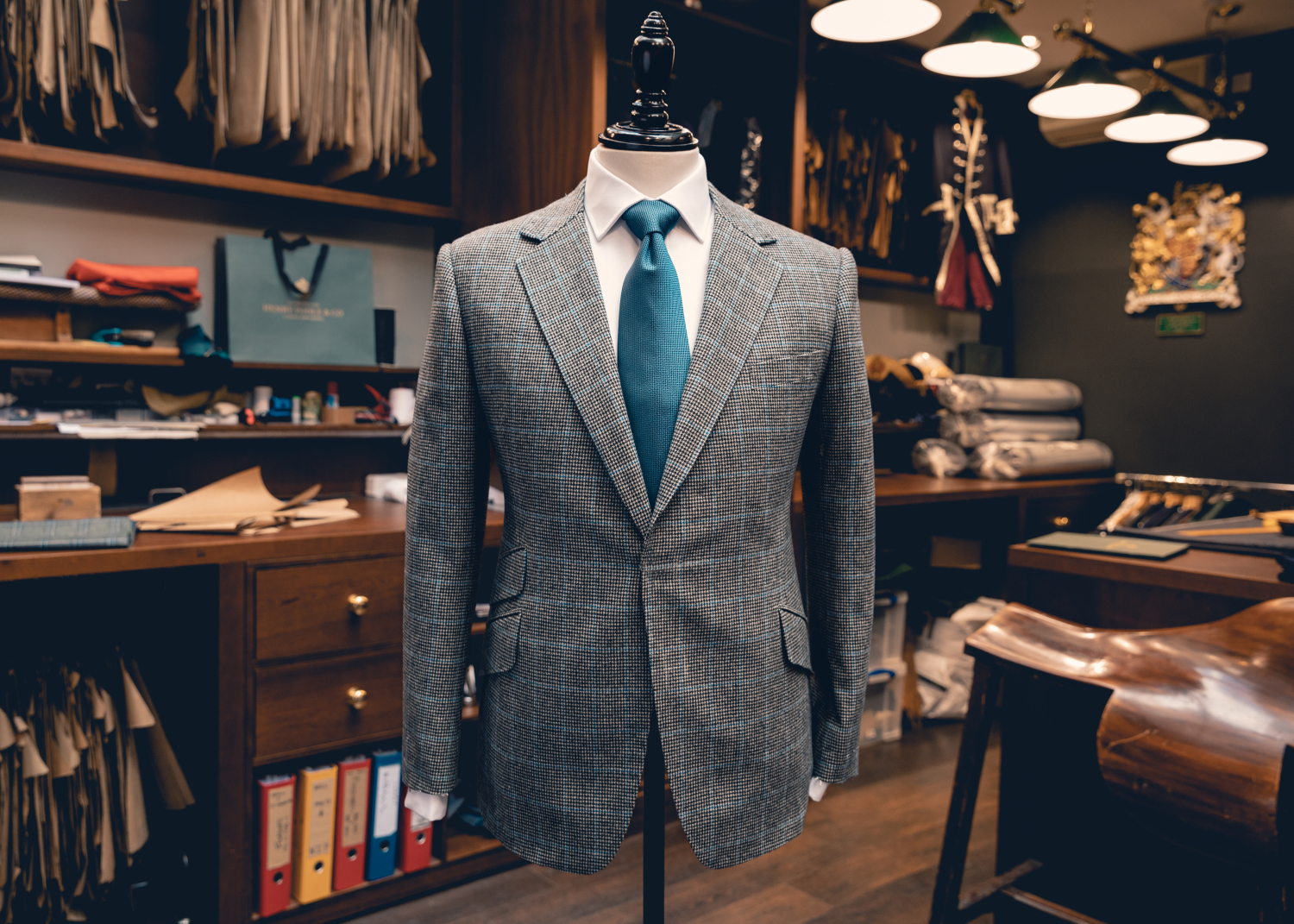 Land Rover and Henry Poole Create Unique Fabric to Celebrate 50 Years of Range Rover - Image 3