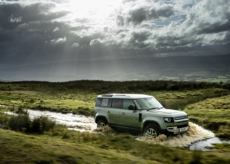 Land Rover Defender 110 PHEV