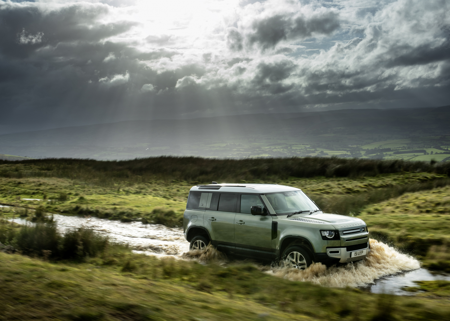 Land Rover Defender Gains Plug-in Hybrid Electric Power, Six-cylinder Diesel and New X-dynamic Model - Image 1