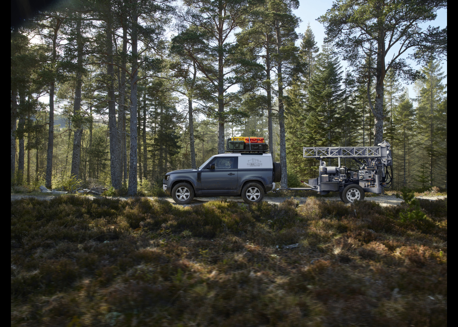 Land Rover Defender Hard Top: most Rugged and Durable Commercial Vehicle on Sale now - Image 3