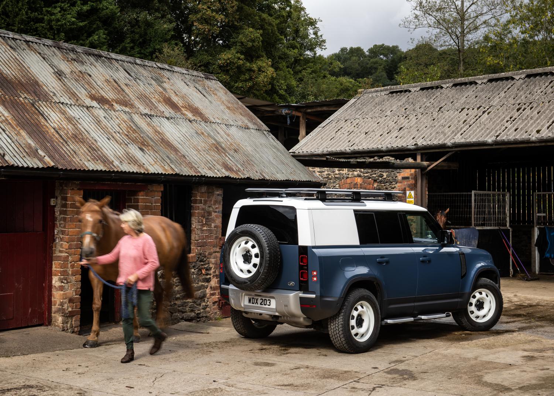 Land Rover Defender Hard Top 110