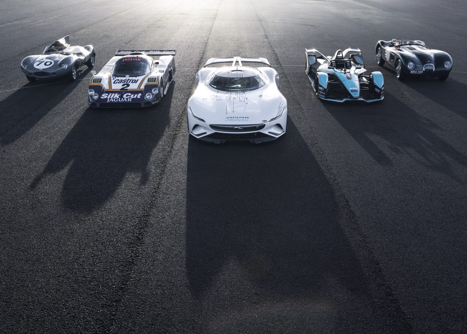 Introducing the Jaguar Vision Gran Turismo Sv: the Ultimate All-electric Gaming Endurance Racer - Image 1