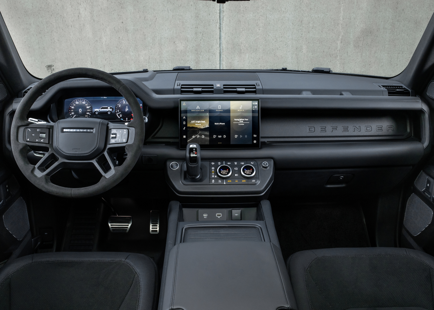 The Power of Choice: Potent New Defender V8 and Exclusive Special Editions Join the Range - Image 3