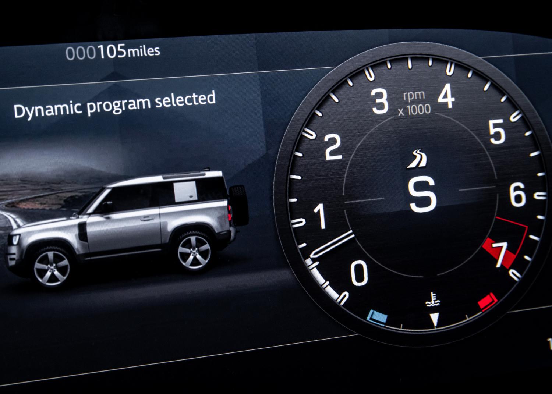 Der neue Land Rover Defender kommt mit neuer V8-Topmotorisierung und weiteren Modellvarianten - Bilder