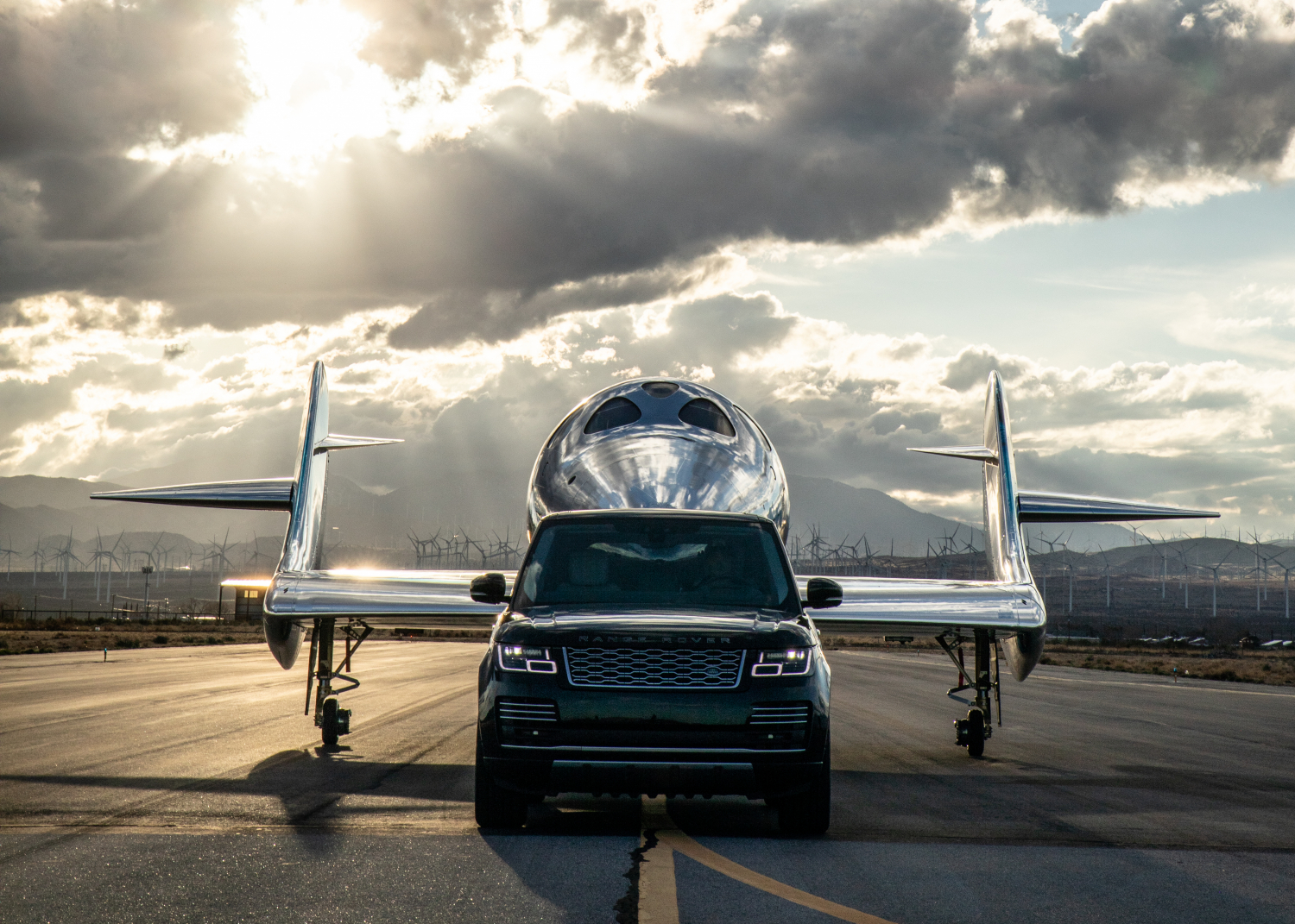 Virgin Galactic and Land Rover Announce Global Partnership Extension as New Spaceship is Revealed - Image 3