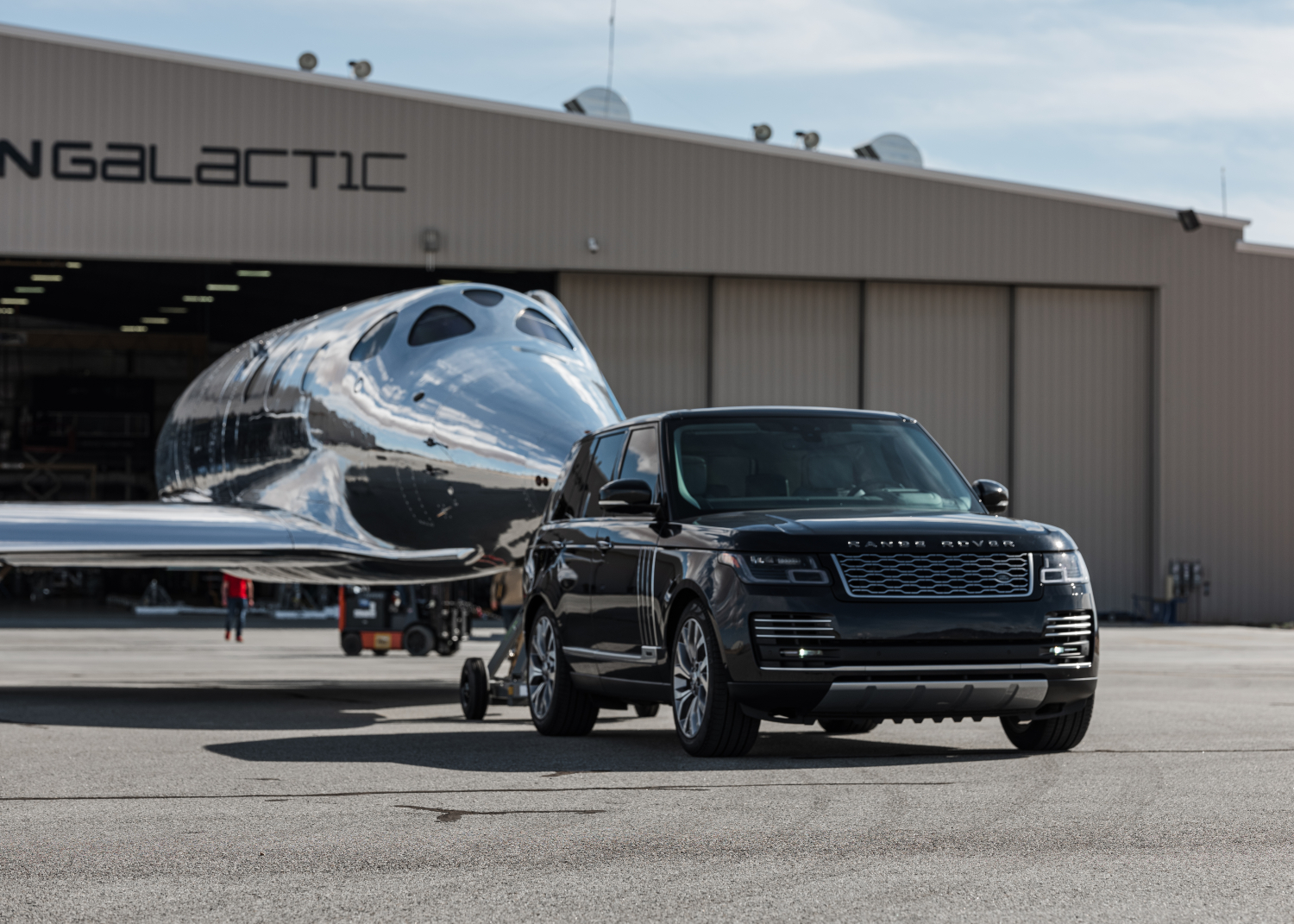 Virgin Galactic and Land Rover Announce Global Partnership Extension as New Spaceship is Revealed - Image 1