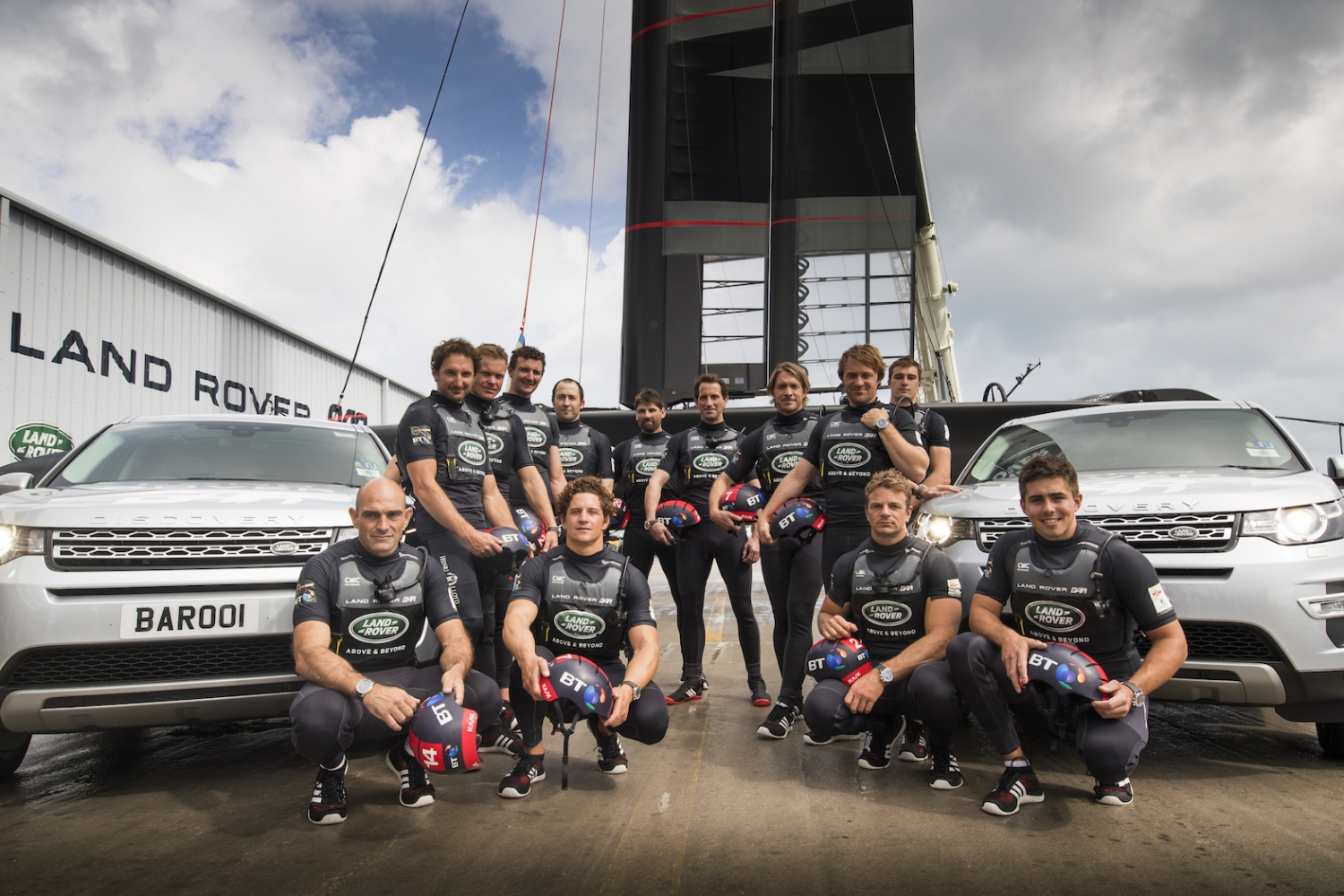 Sir Ben Ainslie y Land Rover BAR Christen the British entry into the America's Cup Rita
