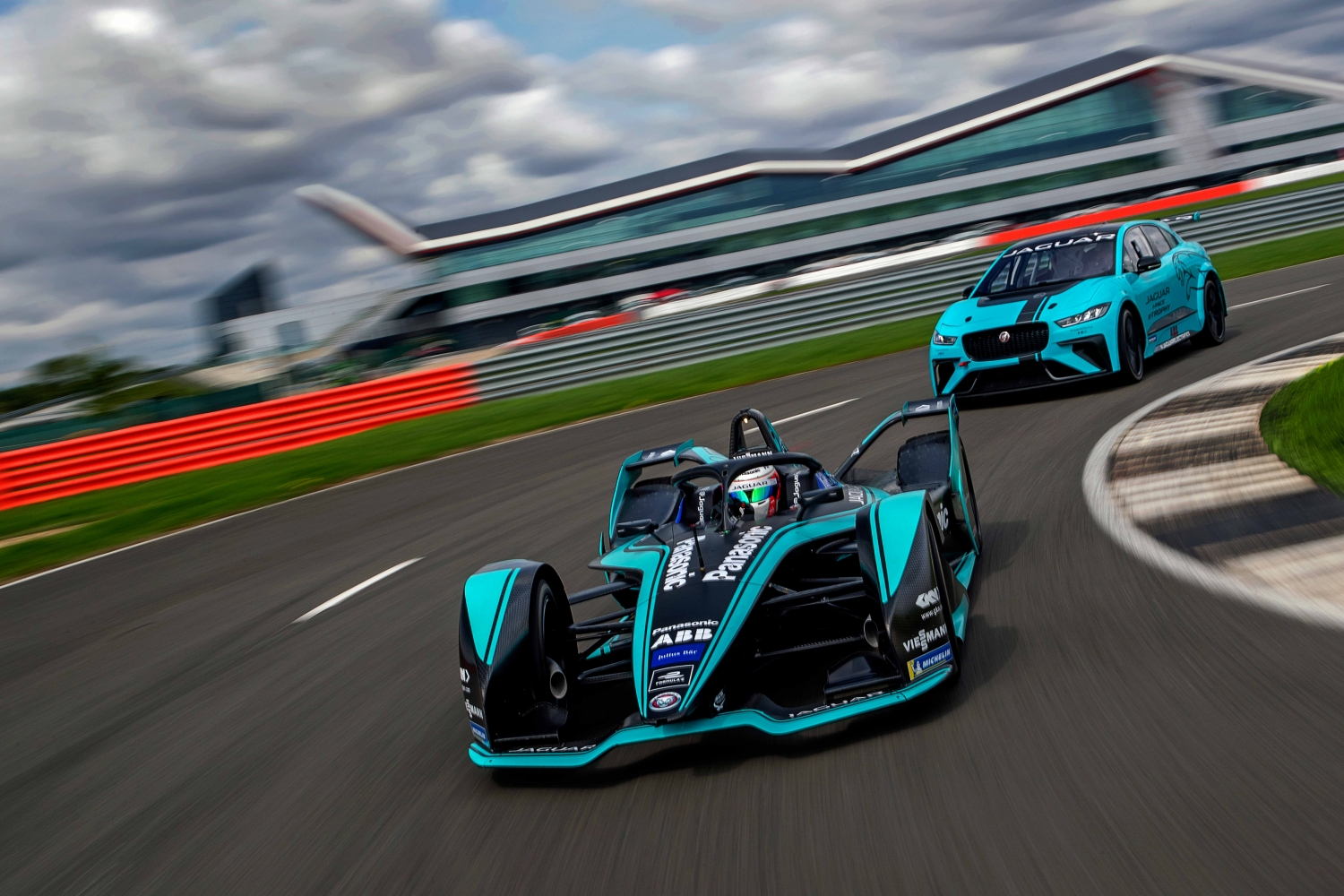 Jaguar I-TYPE 3 and I-PACE eTROPHY on track
