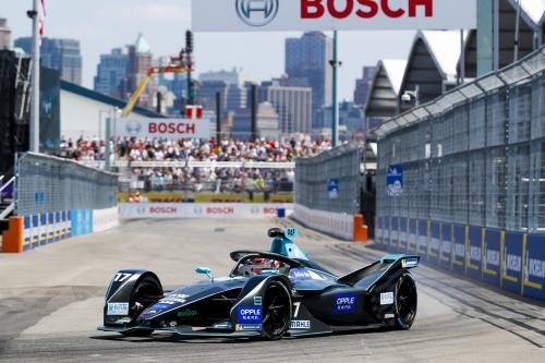 Panasonic Jaguar Racing feiert seine bislang  erfolgreichste Formel E-Saison