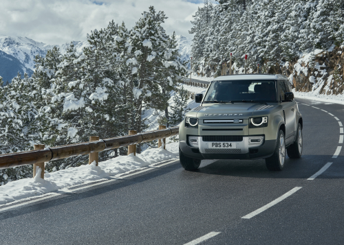 ON-ROAD COMFORT: THE NEW LAND ROVER DEFENDER