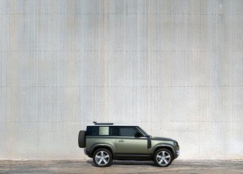 Der neue Land Rover Defender - Static