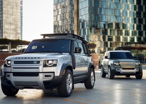 Mit Hirn und Muskeln: Neuer Land Rover Defender präsentiert auf der CES 2020 Konnektivität mit Dual-eSIM als Weltneuheit