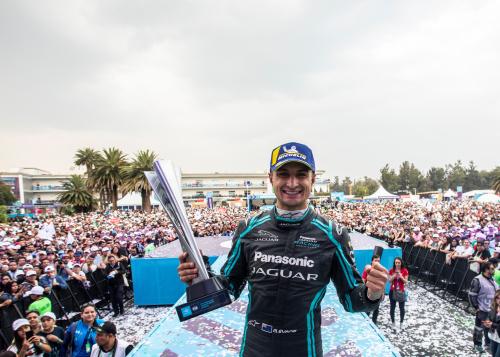 Formel E Fahrer Mitch Evans siegt in Mexico City