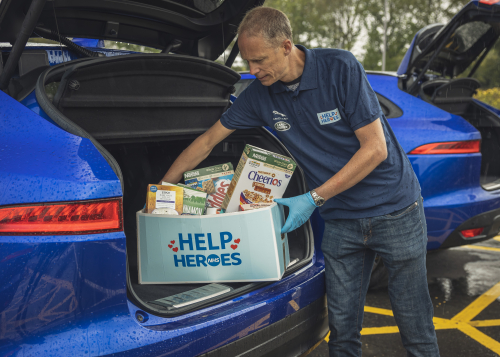 Jaguar provides 15 vehicles to support the UK's 'Help NHS Heroes'