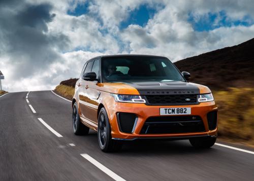 Besondere Autos sind gefragt: Jaguar Land Rover Special Vehicle Operations verzeichnet steigende Verkäufe