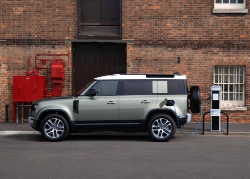 Land Rover Defender 110 PHEV