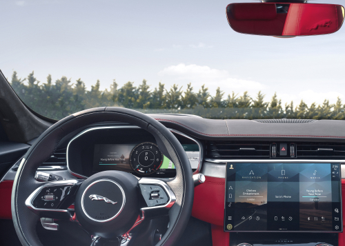 NEW JAGUAR F-PACE – INTERIOR IMAGE