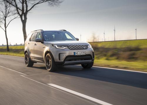 Project Discovery: Globale Familien-Studie von Land Rover enthüllt neue Resilienz-Formel für herausfordernde Zeiten
